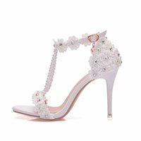 Crystal Queen Women Sandals White Lace Flowers Pearl Tassel Bridal 9cm Heel Fine High Heels Slender Bridal Pumps Wedding Shoes Y0611