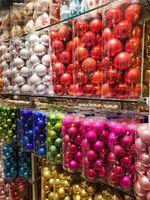 Set de bola de Navidad 4cm Christma Ornamento Colgante Árbol de Navidad electrochlating Bolas de plástico en forma de colores brillantes