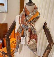 여성을위한 최고 품질 캐시미어 실크 스카프 140 * 140cm 대형 kerchief 완벽한 스카프 부드러운 따뜻한 두꺼운 겨울 머플러 멋진 럭셔리 스카프 여성 목 넥 워머