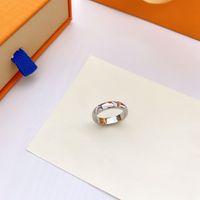 Mode Ring für Mann Frauen Unisex Designer Ringe Männer Frau Schmuck 4 Farbe Geschenke Luxus Accessoires
