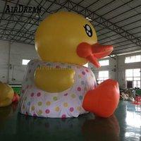 Söt jätte uppblåsbar gul anka anpassad gummi ankor tjej ballon dekoration flytande på vattnet för reklam