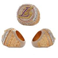 2021 Bijoux de mode Los Angeles Champion Anneau Aimant Flip Acier Moule Nouvel anneau Chunky commémoratif de zinc