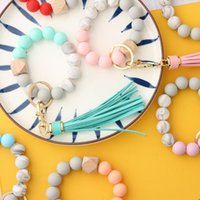 Keychains Silicone Wristlet Keychain For Keys Tassel Wood Beads Bracelet Keyring Women Accessories Multicolor Circle