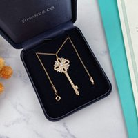"""2021 NEW Luxury Pendant Necklaces Fashion for Man Woman Highly Quality Women Party Wedding Lovers gift hip hop jewelry """"LV""""LOUIS&#132VITTON"""""""