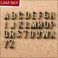 200pcs 영어 문자 빈티지 아연 합금 금속 매력 Fit DIY Bracelet 쥬얼리 만들기에 대 한 가죽 슬라이드 로프