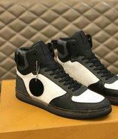 Rivoli High-top Sneakers Mens Designer Boots Monogramas Lona Couro Embossed Baixa Plataforma Show Festa Casamento Branco Casual Sapato