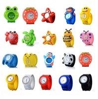 Bolsa de niños Reloj Multicolor Cuarzo Reloj de pulsera de silicona Sport Watches Kids Boy Boy Chica Estudiante Regalo de Navidad Reloj