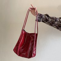 2021 Red PU Cara brillante Bolso Bolso para mujer Bolso de mujer Capacidad de gran capacidad Ocio de ocio de color brillante estilo retro estilo de compra