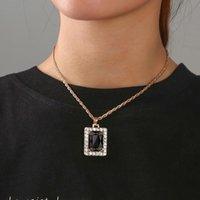 Pendant Necklaces Vintage Black Crystal Square Women's Neck Chain Fashion Geometric Medieval Neckalces Punk Cube Accessories Jewelry