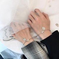 Stücke / Paare von Paaren sind Magnete Anziehen Kreative Männer Frauen Edelstahl Armband Charme Schmuckliebhaber Geschenkverbing, Kette