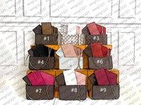 حقائب مصممي الفمونات النسائية 2021 حقيبة يد مزدوجة أنيقة وفاخرة تحتوي على اثنين من جيوب قابلة للإزالة الضروريات اليومية من اختيار الأزياء مع مربع الغبار
