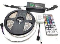 Strips LED Stip Kit DC12V RGB Strip 5M Vattentät flexibelt repljus 60Lad / m, 24 / 44Key fjärrkontrollen och 3 / 5A strömförsörjning