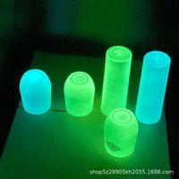 Glühen in der dunklen 20z-Tumbler-Becher dünnes gerades Eierbecher Vakuum-Thermos-Doppelschichten Edelstahl leuchtendes Wein-Bierkaffee-Wasser-Glas-Flasche G75Z09M