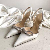 Stivaletti del nastro di stile del tacco alto del gregge Sandali del nastro dell'annata della cinturino della caviglia della caviglia di modo dell'annata Pompe di prua Scarpe casual donna donna