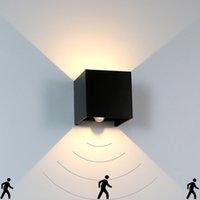 Lampe murale moderne à LED moderne en haut en haut de l'angle de faisceau réglable lampe de l'aluminium étanche IP65 intérieur intérieur pour salle de bain Chambre à coucher Corridor Salon Stairs Jardin