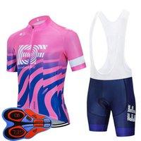 Nouveaux hommes EF Education First Team Cycling Jersey Ensemble Summer Respirant À Manches courtes Bicyclettes Tops Bibu Suit Shorts de Bike Vélo Uniforme Sports Y20101302