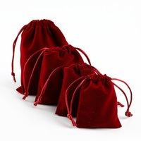 Haute 10pcs / Bague de lot Bracelet Cadeau Emballage Cordon Velvet Sac Perles De Spoknage De Mariage Christmas Party Bijoux Bijoux Pochettes 1753 Q2