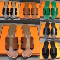 Designer di lusso Sandali da donna Sandali Summer Shapes Flat Shoes Fashion Beach Donne Pantofole H Lettera Drag 35-42