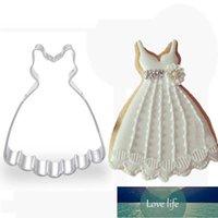 1pcs Wedding Party Dress Biscotto Cutter Muffa Metallo Fondant Cake Biscuit Stampo Cupcake Tool Kitchen Gatuau Patisserie E419 Y0712