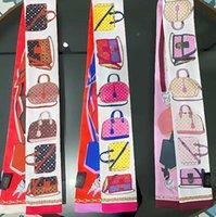 Coreano Vintage Desinger Letras Flores Imprimir Bowknot Sacos Scref Scarves Charme Mulheres Seda Luvas Luvas Envoltório Carteira Bolsa Bolsa Bagagem De Paris Bagagem