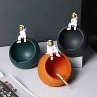 Astronauta cerámica cenicero lindo espacio hombre cenicero creativo esfera casera sala de estar decoración cerámica astronautas almacenamiento adornos fumar accesorios