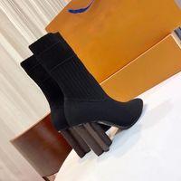 Femmes Bottes Designer Silhouette Boot Boot De Top Qualité Chaussures Haute Haute Chaussures Brodé Textile Textile Textile brodé avec boîte Eu35-41