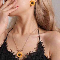 Ihues 2021 girassol delicado imitação criativa pérolas brincos e colar jóias conjunto para mulheres presentes inteiros