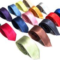 5 * 142 cm Colorie solide Cravates à col de satin pour hommes Étudiants School Business Bank Bureau Cravat De Craviche Décor Accessoires
