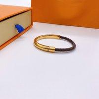 3 Cores Charm Pulseiras para Mulheres Aço Inoxidável L Brand Braceletes Bangles V Acessórios Presentes Y2E3