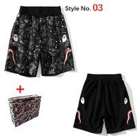 APES Pantalones cortos para hombre Pantalones de playa de alta calidad Cabeza de tiburón Luminoso Rodilla Lenqth Pants Pantalones de verano Casual Color Matching Trae la bolsa de asas 2021