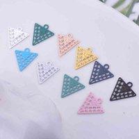 100 stücke AC11639 10 * 12mm Filigrane Mini Dreieck Charms Metall Messing dünne Geometrie Anhänger DIY Schmuck Ohrring machen