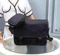 P 2vd Deluxe Designer Bags, Black Messenger Cross-Body B AG 769, Borse, Borsa piccola staccabile