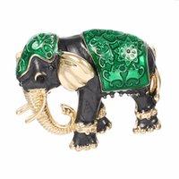 새로운 도착 사랑스러운 녹색 질감 에나멜 코끼리 모양 브로치 크리스탈 핀 브로치 여성을위한 아이 스카프 옷 보석