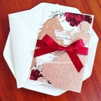 Pink Golt Glitter Horse Princess Invitaciones para la boda con la impresión personalizada y la cinta del sobre DIY CUT CUT CUT Quinceañera invitaciones