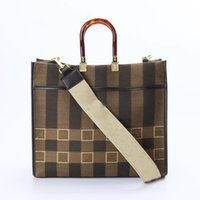 Totes and American Large Capacity Canvas Shopping Bag Designers Amber Handle Ladies Classic One-shoulder Messenger Bags With Logo