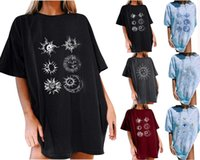 Women T-Shirt Sun Moon Print Womens Tops Retro Loose Fashion Short Sleeves Crew Neck Summer Clothing