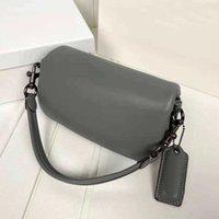 C 'almohada de la almohada de la almohada del diseñador C Calidad de la bolsa de hombro de las mujeres de las bolsas del color puro de las bolsas de los bolsos de los bolsos retro del hardware de la cena de los bolsos de cuero muy suave 16bbe