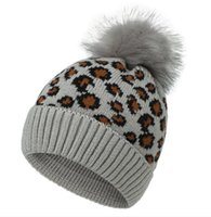Cute INS Fashions 9 Colors Women Leopard Knitted Hats Pom Poms Fur Ball Beanies Adults Winter Warm Caps Outdoors Skullies Beanies GWE10420