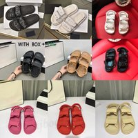 2021 패션 새로운 럭셔리 여성 슬라이드 크리스탈 송아지 가죽 퀼트 플랫폼 샌들 신발 디자이너 사파 토스 플랫 샌들 샌들 크기 36-40 # 598