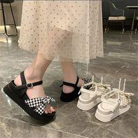 2021 여름 샌들 여성 요정 스타일의 작은 신선한 bowknot 스폰지 케이크 두꺼운 바닥이 공주 한국어 로마 신발 검은 흰색 크기 35-40