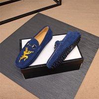 Cuir authentique Slip sur Mens mocassins Casual Chaussures Hommes Designer Lofer Mécasines Vente Loafer Trend 2020 Loffers Bas Lowars