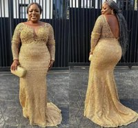 2022 Arabic Women Gold Lace Prom Dresses Plus Size Long Sleeve Boat Neckline V Open Back Formal Evening Gowns