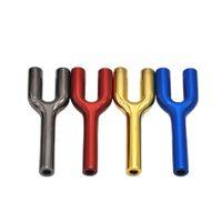 Portasigarette tubo di fumo in metallo a forma di y a forma di quattro colori portatile moda design convinient mini pipes multifunzione accessori