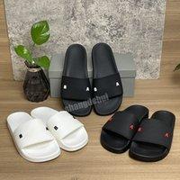 2021 Alta calidad para hombre Sandalias para mujer Slippers Slide Summer Fashion Wide Flat Slipper Flip Flozs con el tamaño de la caja 36-46