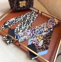 Fashion Brand Desinger F Lettere Stampa Bowknot Borse Sciarpe Scraf Sciarpe Accessori Guanti in seta Guanti Involucri Portafoglio Borsa Borsa da portafoglio Borsa Donne Paris Spalla Borsa Borsa