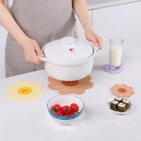 Mats & Pads Cute Coasters Flower Insulation Placemat PVC Soft Rubber Dining Tableware Pot Mat Non-Slip Sakura Cup Table 1Pcs