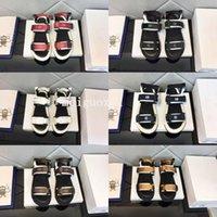2021 Marka Velcro Sandalet Tasarımcı Kadın Platformu Ayakkabı Yaz Lüks Moda Düz Plaj Terlik En Kaliteli Mektuplar Nakış Kadın Rahat Ayakkabılar