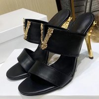 Chaussures de mode de luxe Chaussures à talons hauts Sandales pour femme véritable cuir vestiaire pompes baroques talon sculpté femme taille 35-42 avec boîte