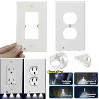 LED-Nachtlicht Duplex-Auslass-Wandplatte mit Schalter Kein Batterien oder Drähte Vinylaufkleber Umgebungsleuchten Sensor