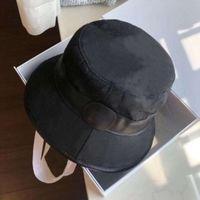 Chapéus de borda mesquinho chapéu de moda chapéu de beanie mulher caixão de rua chapéu de alta qualidade